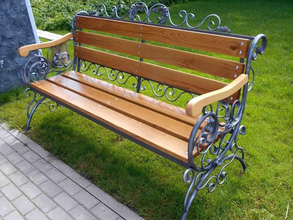 Лавки и скамейки из металла, кованые скамейки