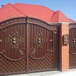 Металлические ворота, кованые ворота