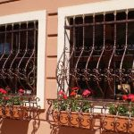 Решетки на окна из металла, кованые металлические решетки
